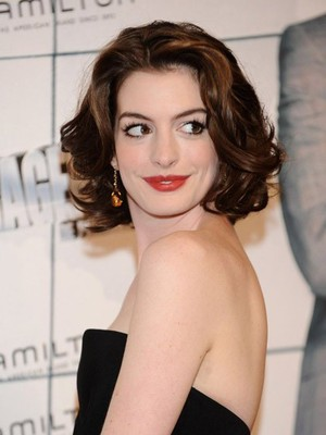 Hathaway's Hairstyle Length Medium Celebrity Wig - Image 1
